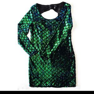 Forever 21 diamond cut out sequin plus size dress